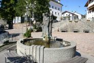 09-Brunnen