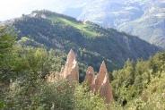 08-Erdpyramiden mit Steinegg